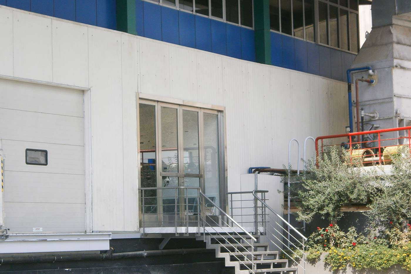 Choueifat Entrance - Cold Stores & Warehouses