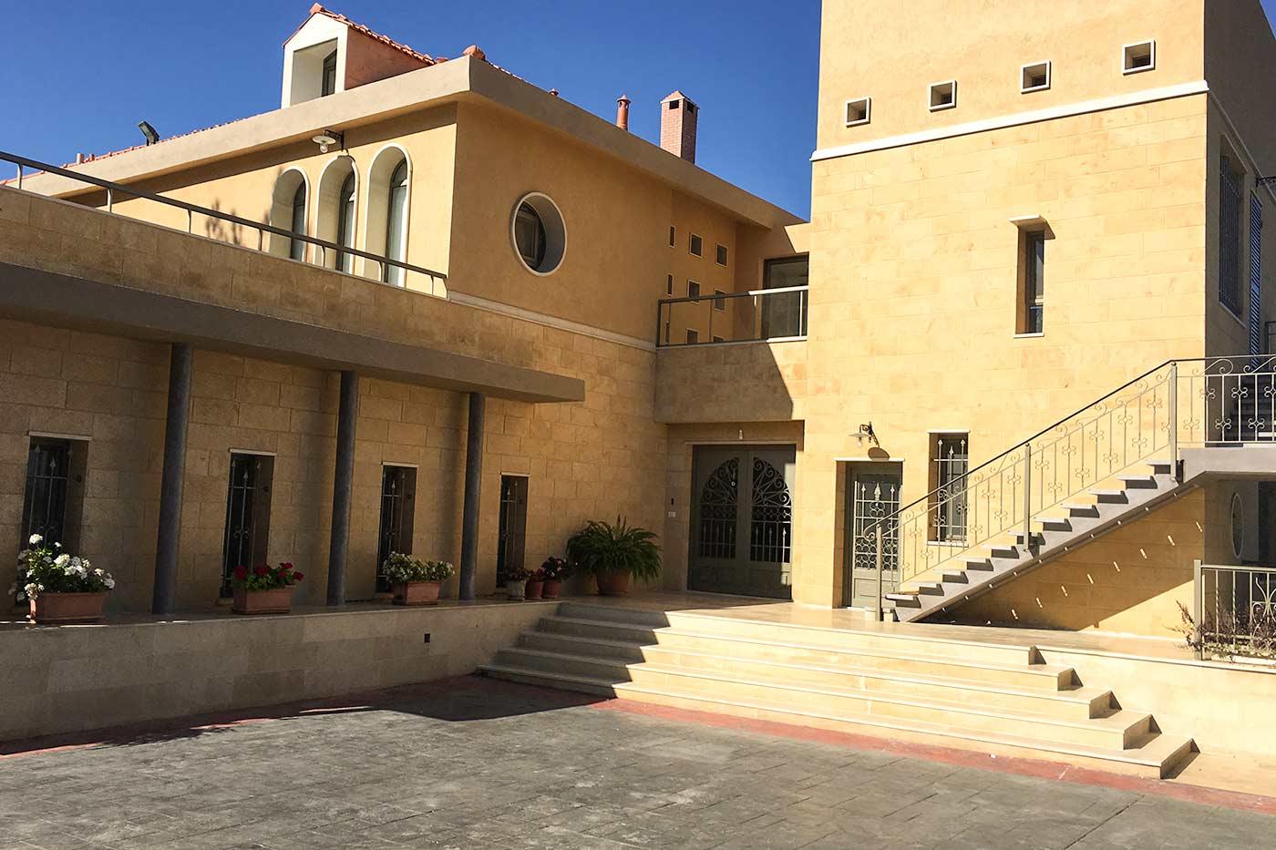 Hisham Merhi Villa - Front Entrance Gate