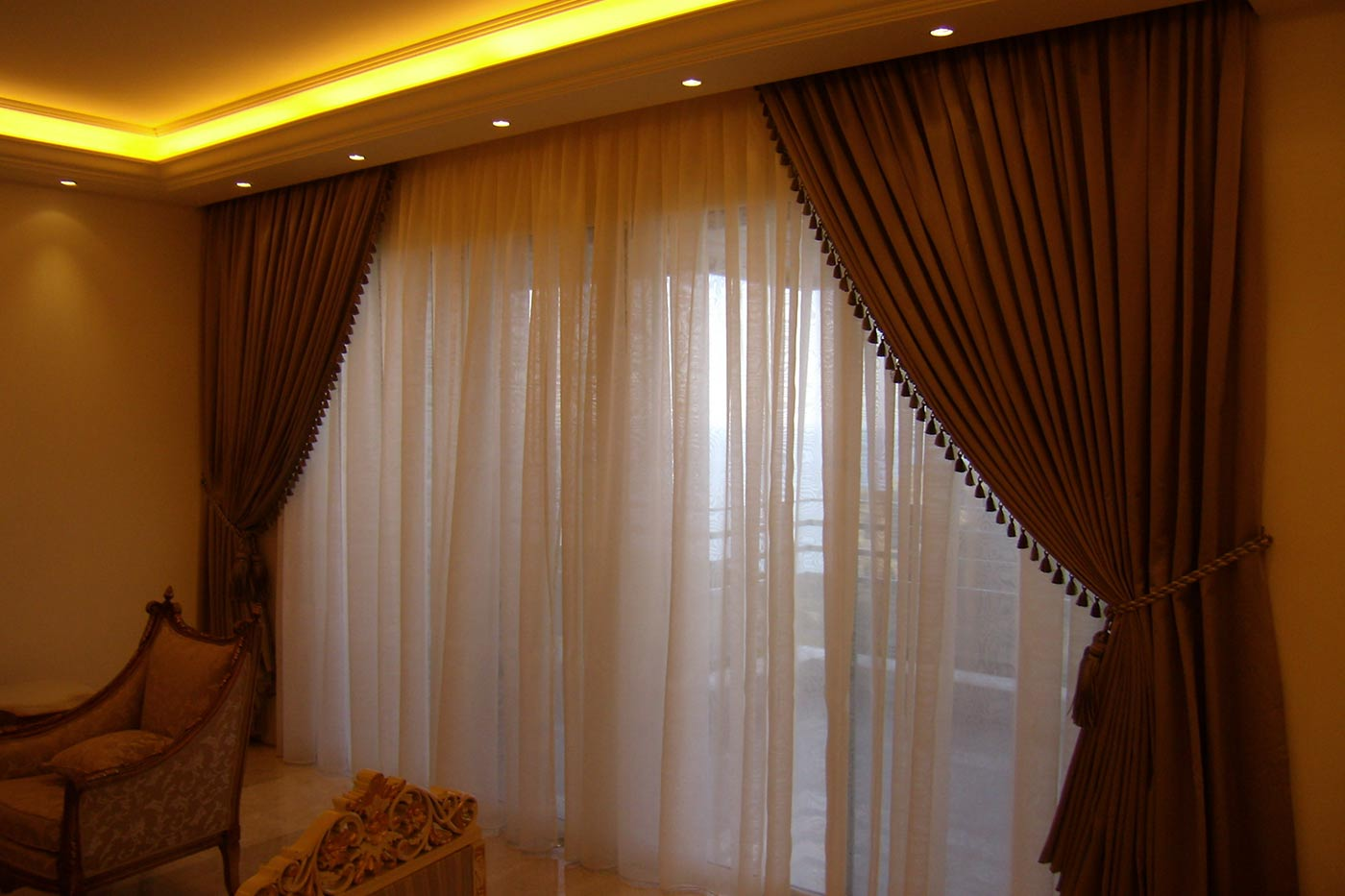 Jaber Residence - Room with Terrace - Curtains & Furniture